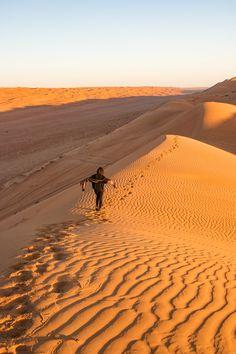 Les plus beaux paysages d'Oman : mes incontournables pour organiser votre voyage à Oman, la perle du Moyen Orient. Israel Travel, Oman Travel, Morocco Chefchaouen, Viking Ocean Cruise, Baha I Faith, Road Trip, Socotra, Federated States Of Micronesia, Wanderlust