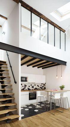 Montpellier apartment: 57 with mezzanine - House side Design Loft, Loft Interior Design, Studio Interior, Design Design, Tiny Loft, Tiny House Loft, Tiny House Living, Living Room, Interior Design Minimalist