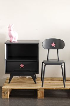 Lovely set of nightstand and cahir for girls by un lapin dans le tiroir