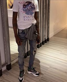 Dope Outfits For Guys, Swag Outfits Men, Teen Fashion Outfits, Mode Streetwear, Streetwear Fashion, Sneakers Outfit Men, Rapper Outfits, Hype Clothing, Clothing Ideas