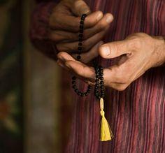 Manipura Mala gibt dir Energie für deine Ziele Shops, Tassel Necklace, Shopping, Jewelry, Chains, Schmuck, Tents, Jewlery, Jewerly