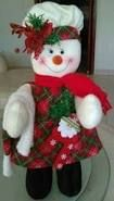 Resultado de imagen para agarracortinas de fieltro Christmas Stockings, Christmas Diy, Christmas Ornaments, Raggedy Ann, Favorite Holiday, Snowman, Holiday Decor, Crafts, Diy Ideas