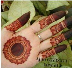 Circle Mehndi Designs, Round Mehndi Design, Henna Tattoo Designs Simple, Finger Henna Designs, Stylish Mehndi Designs, Mehndi Designs 2018, Mehndi Designs Book, Mehndi Designs For Girls, Mehndi Designs For Beginners