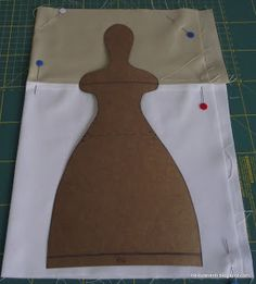 Tilda Doll BODY is 25 inches cm) tall . Tilda doll body is made of white cotton and linen without stuffing material. The price is for ONE Tilda doll body. This blank, cloth doll body is ready to stuff. Tiny Dolls, Soft Dolls, Doll Clothes Patterns, Doll Patterns, Fabric Dolls, Paper Dolls, Baby Diy Projects, Tilda Toy, Plush Pattern