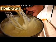 Receta Bizcocho enrollado con chantilly by ItalianCakes - YouTube