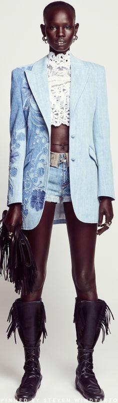 Summer Fashion Trends, Spring Summer Fashion, Unique Fashion, Fashion Looks, Style Fashion, Denim Fashion, Womens Fashion, Summer Denim, Italian Fashion Designers