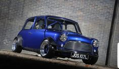 Mini Cooper with Wide Arches. Mini Cooper Classic, Classic Mini, Mini Cooper Custom, Classic Car Show, Classic Cars, Lamborghini, Ferrari, My Dream Car, Dream Cars
