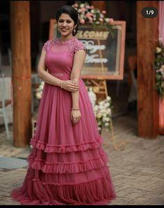 Designer Party Wear Dresses, Indian Designer Outfits, Designer Gowns, Designer Wear, Long Skirt Top Designs, Long Skirt And Top, Kurti Neck Designs, Lehenga Designs, Indian Gowns Dresses