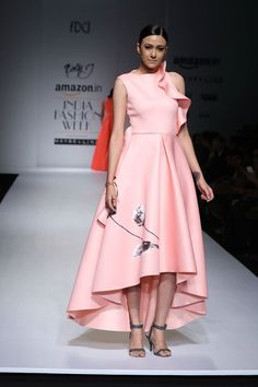 Dolly J #FashionWhatsNext #AIFWSS16