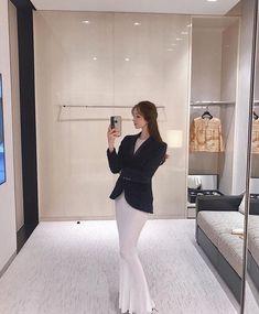 Girl Korea, Uzzlang Girl, Aesthetic Girl, Ulzzang, Outfits, Dresses, Women, Style, Icons