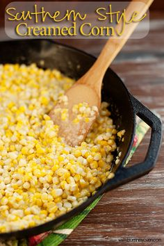 Southern Style Creamed Corn Recipe from Buns In My Oven Side Dish Recipes, Vegetable Recipes, Supper Recipes, Creamed Corn Recipes, Queso Mozzarella, Chicharrones, Vegetable Side Dishes, Southern Recipes, Southern Food