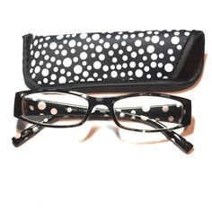 1.25 reading glasses polkadot pattern with case 1.25 reading glasses polkadot pattern with case Accessories Glasses