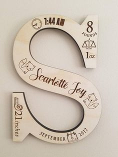 Wood Crafts, Fun Crafts, Diy And Crafts, Paper Crafts, Monogramm Alphabet, Craft Projects, Projects To Try, Vinyl Projects, Gravure Laser