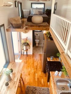 tiny house design & tiny house ` tiny house plans ` tiny house design ` tiny house living ` tiny house ideas ` tiny house interior ` tiny house bathroom ` tiny house on wheels Tiny House Loft, Best Tiny House, Tiny House Living, Tiny House Plans, Tiny House Design, Tiny House Bedroom, Tiny Guest House, Tiny House Hotel, Living Room