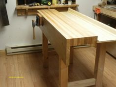 WoodNet Forums: What do you think of Paul Sellers workbench?