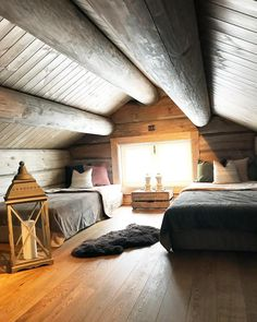 Mountain Home Interiors, Little Log Cabin, Summer Cabins, Alpine Style, Nordic Living, Mountain Homes, Attic Spaces, Basement Renovations, Cozy Place
