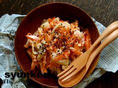 【もうこれ、今までで一番簡単かもしれない】オススメです!!つゆ油うどん | 山本ゆりオフィシャルブログ「含み笑いのカフェごはん『syunkon』」Powered by Ameba Cauliflower, Cooking Recipes, Salad, Meat, Chicken, Vegetables, Food, Incense Holder, Cauliflowers