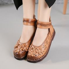 SOCOFY Vintage Flower Hook Loop Soft Leather Mary Janes