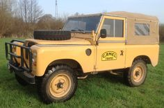 Land Rover 88 Series III soft top canvas in Camel Trophy adventure mode.  So nice.  Lobezno.