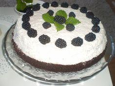 Mariannkonyha: torta Cake, Food, Kuchen, Essen, Meals, Torte, Cookies, Yemek, Cheeseburger Paradise Pie
