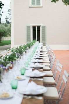 #tablescape Photography by http://velvetine.nl, Design and Planning by http://sposiamovi.it, Florals by http://www.fioridelchianti.it Read more - http://www.stylemepretty.com/2013/08/07/italy-wedding-from-velvetine-photography/
