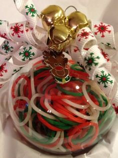 Rainbow loom supplies in a clear ornament! The perfect stocking stuffer for Rainbow Loom Obsessed girls! Merry Christmas To All, Christmas Things, Christmas Time, Xmas, Clear Ornaments, Christmas Tree Ornaments, Christmas Decorations, Rainbow Loom Creations, Loom Craft