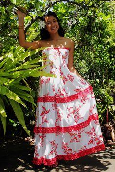 Robe Tahitienne Elise Créations, Tahiti Holiday Fashion, Party Fashion, Tahiti, Island Wear, Tropical Fashion, Muumuu, Different Dresses, Clothing Patterns, African Fashion