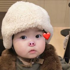 Korean Girl, Avatar, Cute Babies, Beautiful Pictures, Winter Hats, Crochet Hats, Couples, Children, Babe