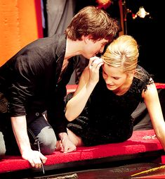 this has always been one of my favorite pictures of Daniel Radcliffe & Emma Watson :))