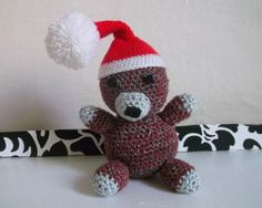 Míša+Kulička+se+těší+na+vánoce+Míša+Kulička+se+těší+na+vánoce.+Kulička+vám+bude+dělat+společnost.+Při+rozdávání+vánočních+dárků,+dívání+se+na+pohádky,+popíjení+horkého+čaje+a+zimním+rozjímání.+Bude+taky+rád,+když+ho+darujete.+Míša+Kulička+je+vysoký+11+cm+a+s+čepicí+až+17+cm. Handmade, Hand Made, Handarbeit