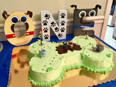 Shout out to Bingo and Rolly for helping us celebrate Myles' birthday! Baby Boy 1st Birthday Party, Puppy Birthday Parties, Puppy Party, 1st Boy Birthday, Birthday Party Themes, Birthday Ideas, Doggy Birthday, Birthday Cake, 1st Birthdays