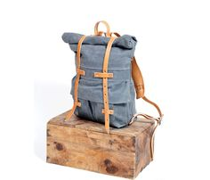 Urban Vagabond Backpack / by Bexar Goods    I really want a back pack like this <3