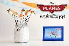 Follow the video and the step by step guide to make your own Disney Planes Dessert with Airplane Marshmallow Pops! Kids will love this edible Dusty Crophopper!