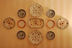 Decorating With Plates - Collar City Brownstone