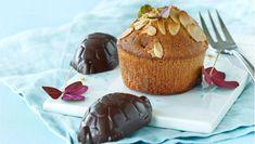 Kæmpeskildpadder ligger i top blandt danskernes yndlingsslik, og den søde rom-karamel-smag er et sikkert hit i dine lune muffins. Cupcake Cookies, Cupcakes, Cakes And More, Chocolate Recipes, Food For Thought, Tapas, Sweet Tooth, Muffins, Deserts