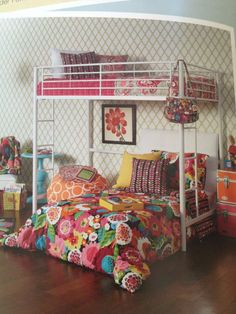 Vera Bradley Bedding I M More In Love With The Design Of Actual Bed It Looks Really Cool