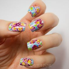 15 Easy & Simple Spring Flower Nail Art Designs,Trends & Ideas 2013 | Girlshue