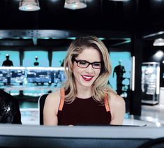 Arrow Tv Series, Felicity Smoak, Emily Bett Rickards, Supergirl And Flash, Starling, The Flash, Celebrity Crush, Character Inspiration, Cool Girl