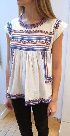 Embroidered sleeveless blouse fashion