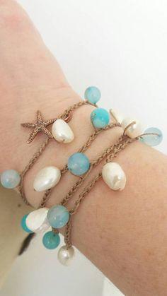 9f5710c91e150f Bracciale o collana realizzata alluncinetto con agata striata turchese e  perle naturali barocche. Stella marina