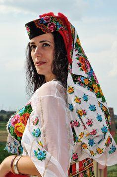 Traditional Albanian cloths from Has region, Prizren Traditional Albanian cloths from Has region, Prizren Albanian Culture, Israeli Girls, Costumes Around The World, Folk Clothing, Ethnic Fashion, Women's Fashion, Folk Costume, Adriana Lima, World Cultures