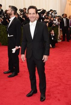 Pin for Later: Go Glam or Go Home: All the Stars on the Met Gala Red Carpet! Paul Rudd