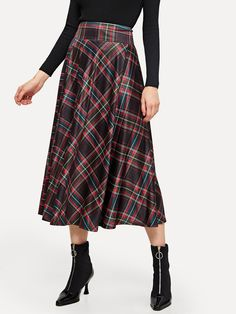 To find out about the Plaid Swing Skirt at SHEIN, part of our latest Skirts ready to shop online today! Jupe Swing, Swing Skirt, Fall Skirts, Casual Skirts, Maxi Outfits, Hijab Outfit, Fall Plaid, Plaid Fabric, Pli