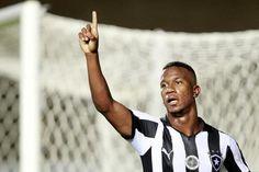 O Atlético Paranaense acertou com o primeiro reforço da 'Era Fabiano'. O atacante Ribamar, ex-Botafogo,