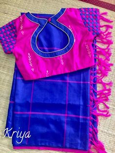 🌸Sstun Crepe saree with designer blouse🌸 . Patch Work Blouse Designs, Simple Blouse Designs, Stylish Blouse Design, Blouse Back Neck Designs, Silk Saree Blouse Designs, Dress Designs, Sumo, Designer Blouse Patterns, Blouse Models
