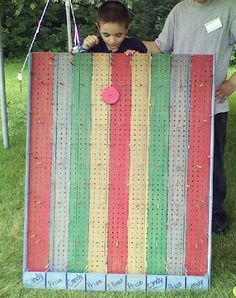 Do you know how easy it is to make a plinko game? Pegboard, wood dowels and some scrap wood is all you need! The kids absolutely love this game and it's perfect to use indoors or out!