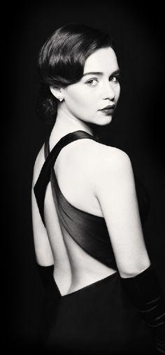 British actress Emilia Clarke (from Viola.bz)