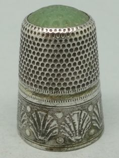 Germany. Silver and green stone on the top. 800. Thimble-Dedal-Fingerhut.