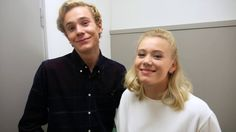 Backstage intervju med Noora och Isak fra SKAM - YouTube