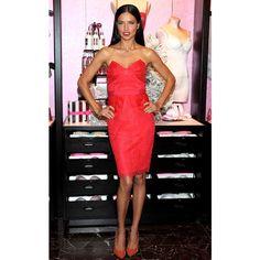 Lea Seydoux, Miranda Kerr, Paris Hilton : toutes accros à la petite robe rouge : Adriana Lima - Mode Plurielles.fr